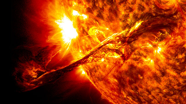 Giant prominence on the sun erupted