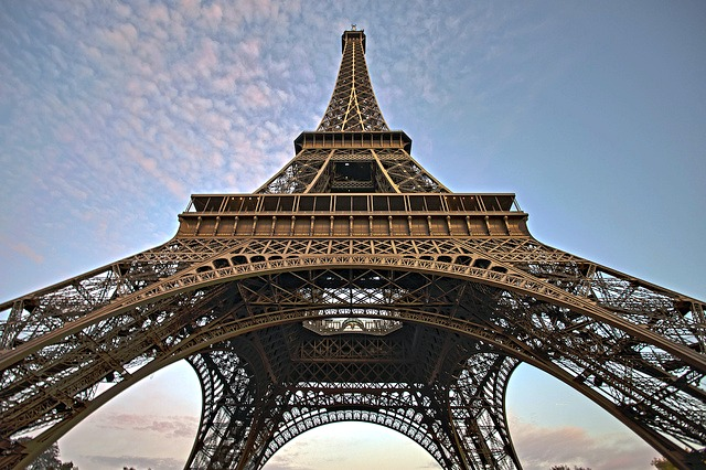 Eiffel Tower_Wide