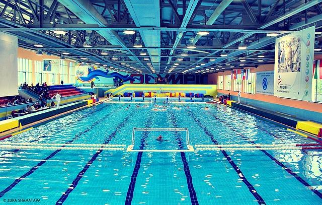 Olympic_swimming_pool_(Tbilisi)