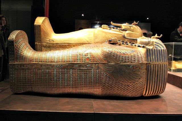 Tutankhamon_sarcofago