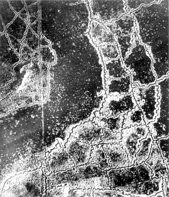Aerial_view_Loos-Hulluch_trench_system_July_1917