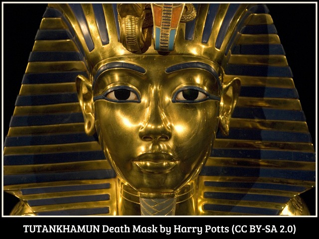 TUTANKHAMUN-Death Mask-(Exhibition-Manchester)