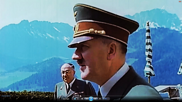 Hitler_and_Dr._Theodor_Morell