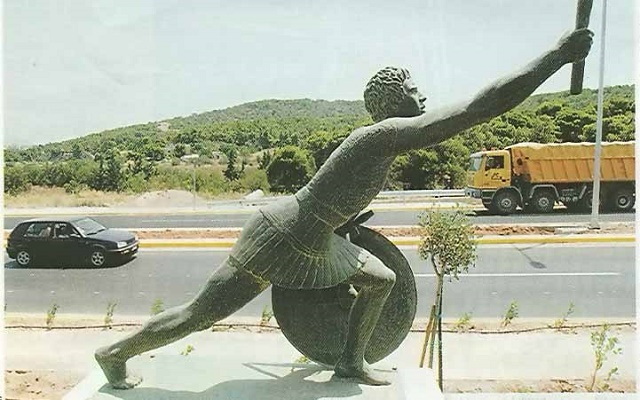 Statue of Pheidippides along the Marathon Road.