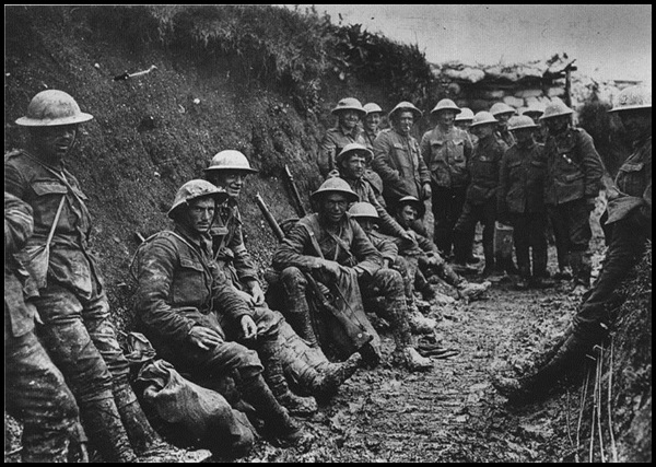 16-Royal_Irish_Rifles_ration_party_Somme_July_1916