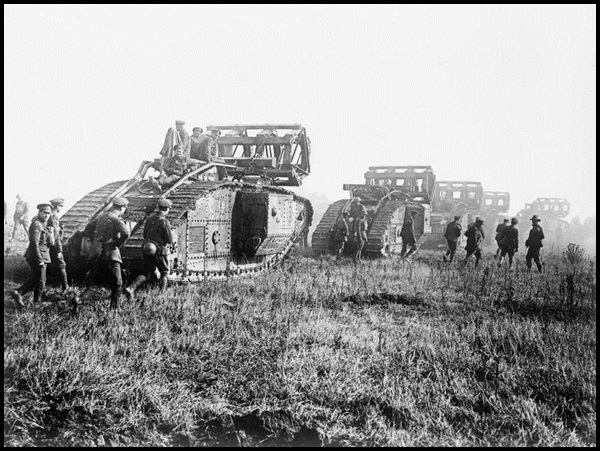 31a-British_Mark_V_Tanks_With_Crib_Fascines_1918