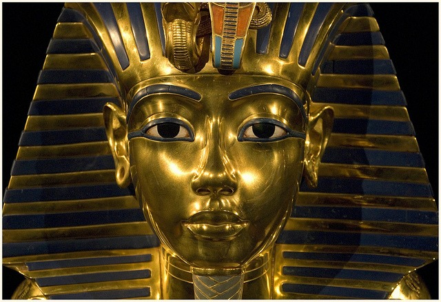 TUTANKHAMUN-Death Mask